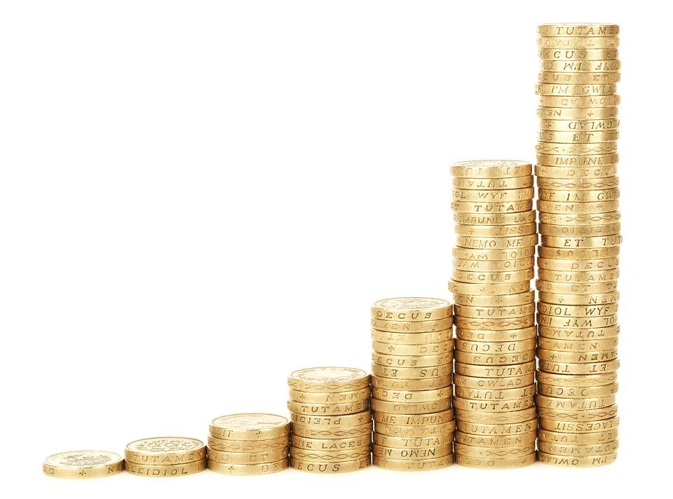 Money saving tips make savings a habit
